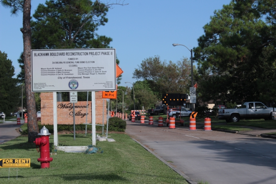 Friendswood is continuing work on Blackhawk Boulevard. (Haley Morrison/Community Impact Newspaper)