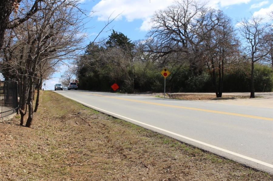 Glade Road is one of the projects the city approved in its Capital Improvement Plan in September 2019. (Miranda Jaimes/Community Impact Newspaper)