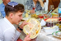 The Jewish community is finding ways to navigate Passover during the coronavirus pandemic. (Courtesy Adobe Stock)