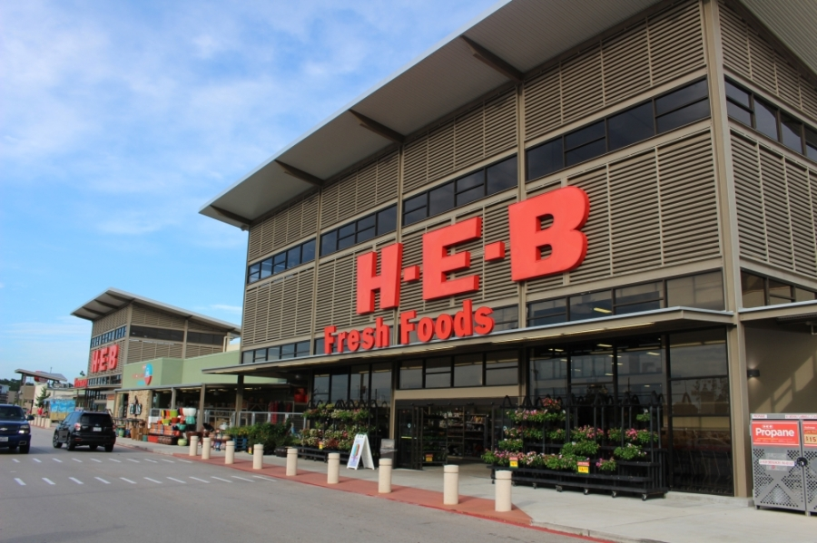An H-E-B store on Rayford Road in Spring reported that one of its employees had tested positive for COVID-19 and was last in the store in early April. (Ben Thompson/Community Impact Newspaper)
