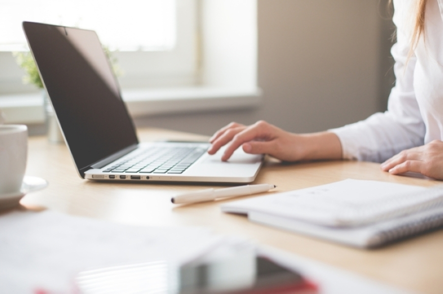 The state's Office of the Governor hosted a livestream webinar on April 15 highlighting four loan services available through the Small Business Association. (Courtesy Pexels)