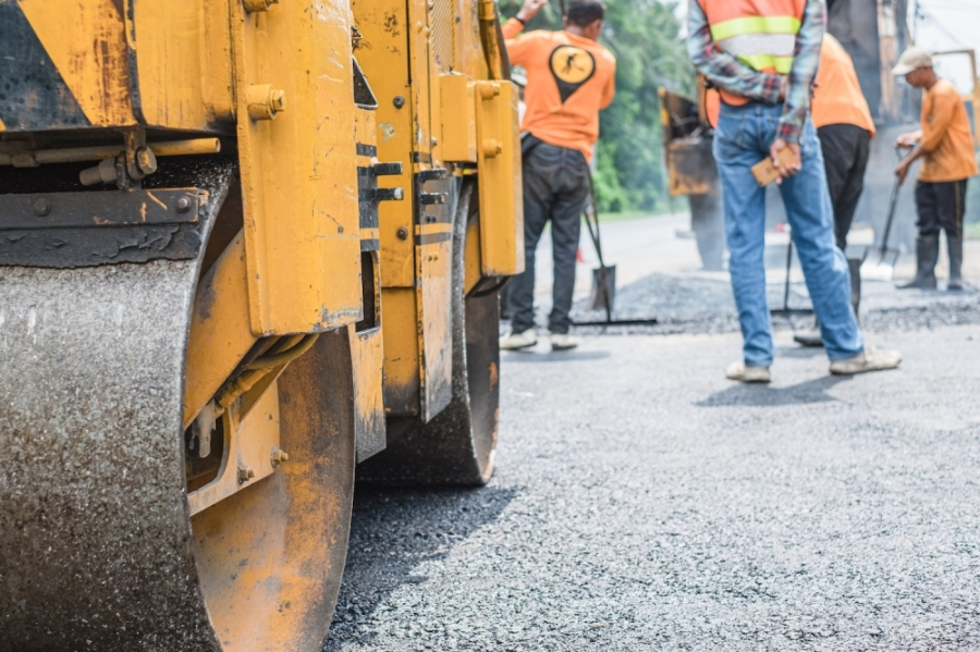 Road work on Pinecroft Drive in Sugar Land will be completed by the end of April. (Courtesy Fotolia)