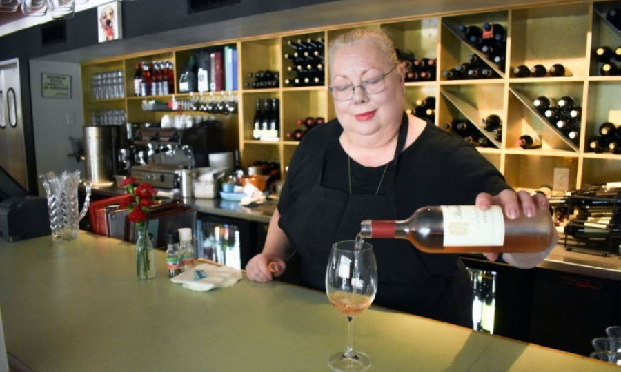 Lynette Hawkins will reopen Giacomo's, a neighborhood restaurant since 2010, with curbside service. (Emma Whalen/Community Impact Newspaper)