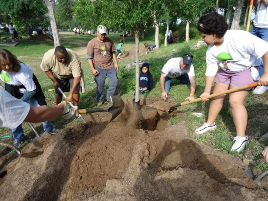 Mulch and compost services return to Pflugerville residents, while Round Rock launches a free mulch delivery service. (Courtesy Round Rock Parks and Recreation)