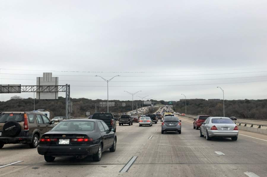 Vehicle traffic numbers on the MoPac express lanes have plummeted since stay-at-home orders were put in place. (Amy Denney/Community Impact Newspaper)