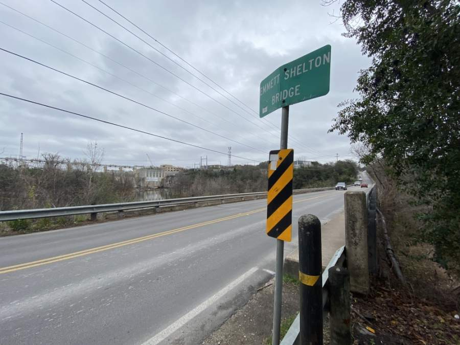 The city of Rollingwood is supporting a city of Austin request for a federal grant to help underwrite an overhaul of the Redbud Trail Bridge. (Brian Rash/Community Impact Newspaper)
