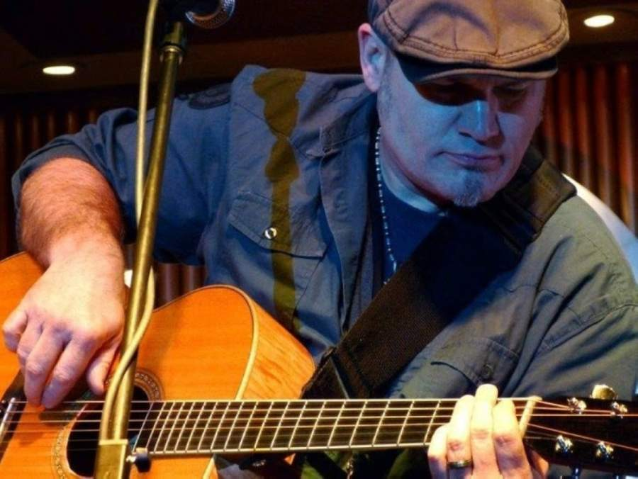 The event will feature performances by Greg Barnhill (pictured), Dennis Matkosky and Erin Enderlin. (Courtesy Gilda's Club Middle Tennessee)