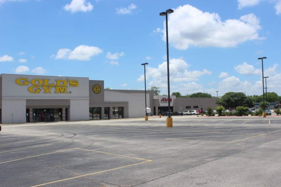 Gold's Gym will open all of its South Austin locations May 18. (Olivia Aldridge/Community Impact Newspaper)