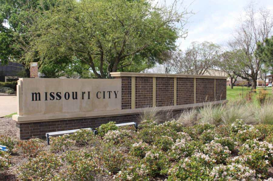 At the May 18 meeting, Missouri City City Council continued discussions in its search for a new city manager. (Claire Shoop/Community Impact Newspaper)