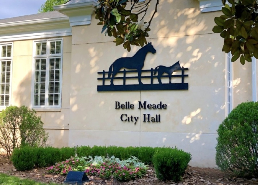 Belle Meade City Hall, located at 4705 Harding Pike, Nashville, is closed to the public until further notice. (Dylan Skye Aycock/Community Impact Newspaper)