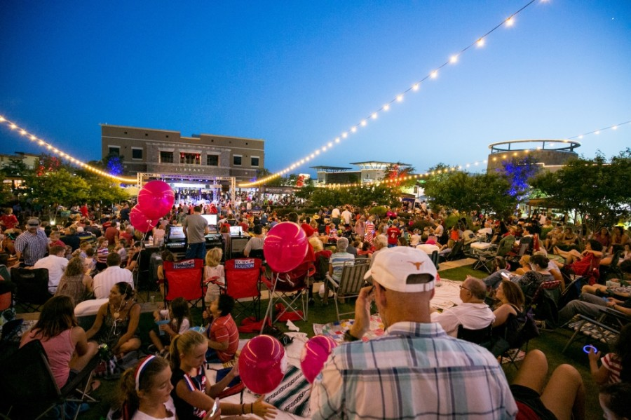 The Saturday Night Concert series will take place virtually through June 13. (Courtesy Hill Country Galleria)
