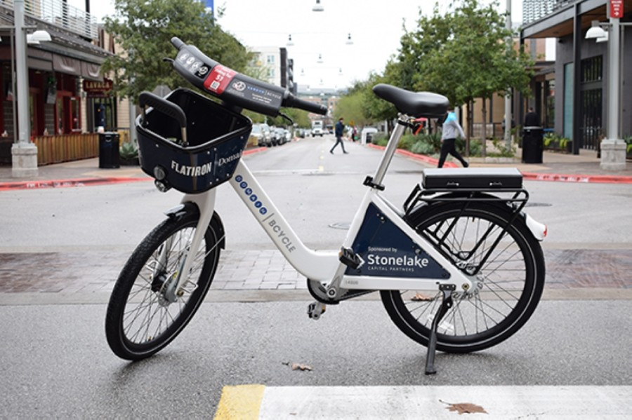 A new partnership between Capital Metro and Austin B-Cycle could rebrand the bikeshare service as Metro Bike and allow residents to purchase passes to use public transit and the bicycles together. (Courtesy Austin B-Cycle)