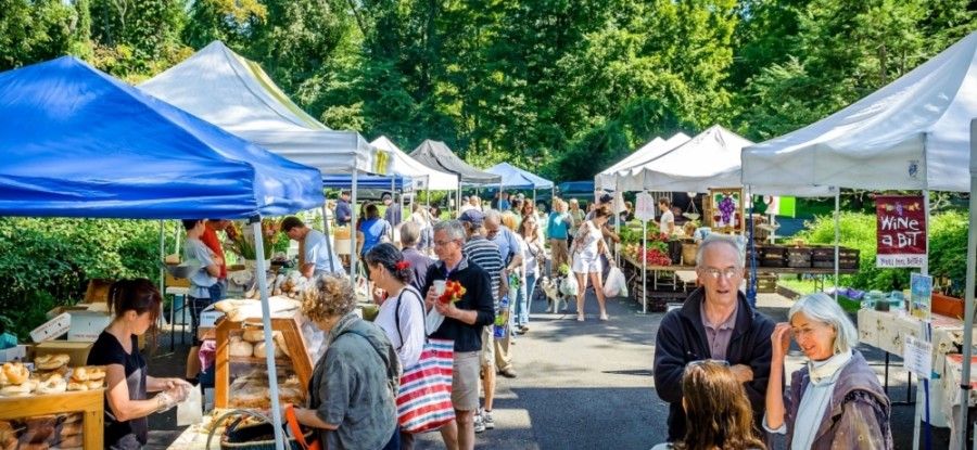 Big Group Events manages the Sunday farmers market in Sugar Land, which was previously held at Mercer Stadium. (Courtesy Big Group Events)