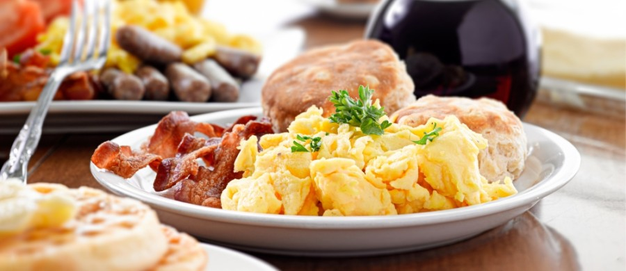 The Rooster Town Cafe will serve breakfast and lunch seven days a week. (Courtesy Adobe Stock)