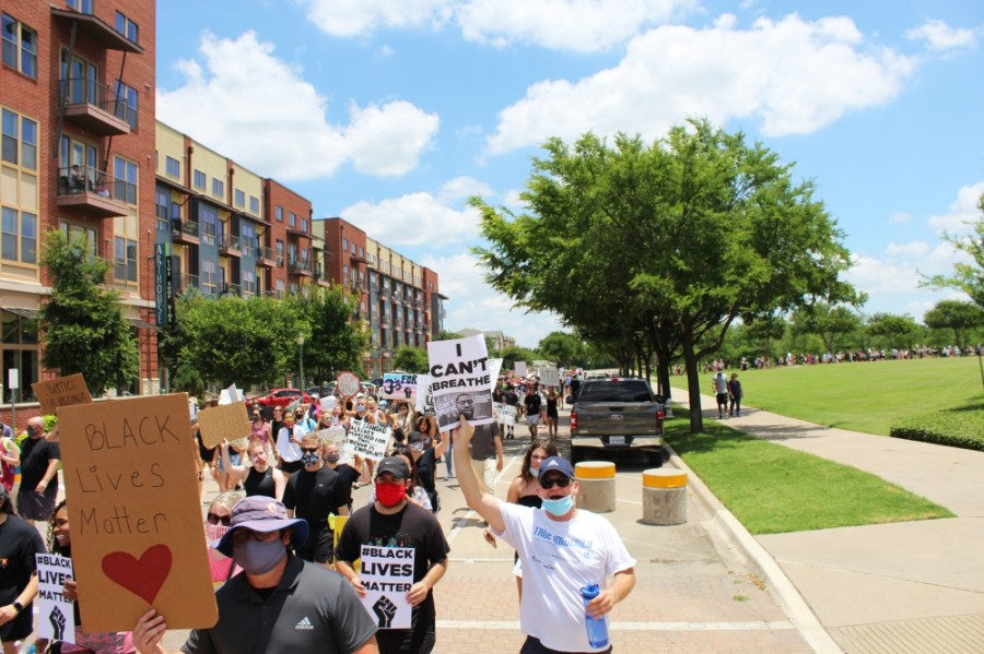More than 3,000 protesters march through Keller Town Center during a George Floyd protest on June 7. (Ian Pribanic/Community Impact Newspaper)