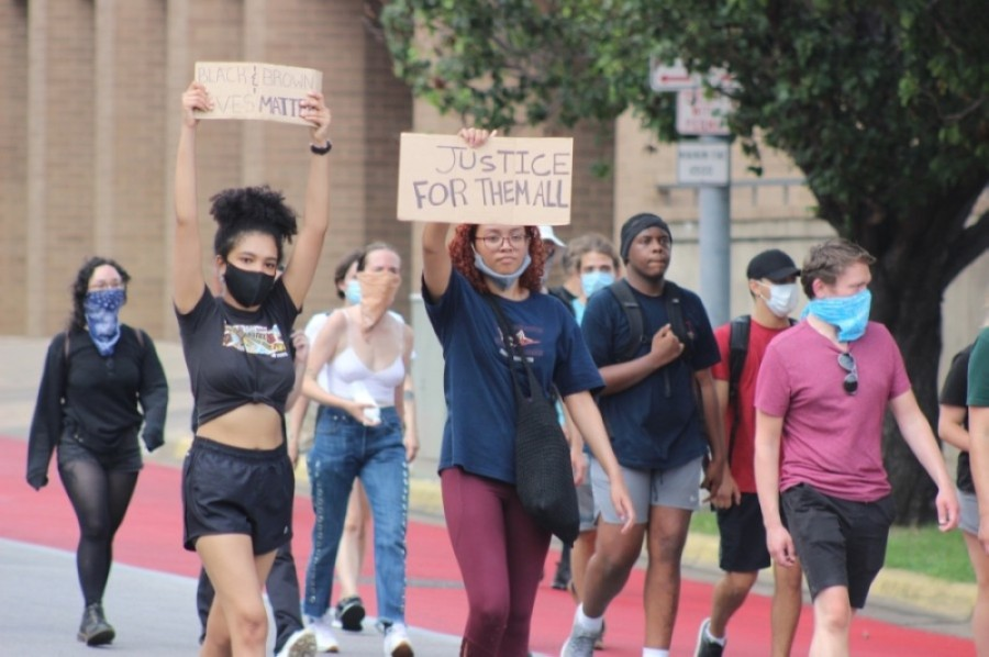 Protesters gather in Austin on May 31. (Christopher Neely/Community Impact Newspaper)