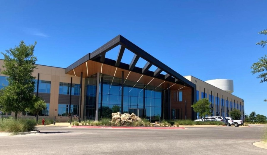 Hubbell Lighting's 15,000-square-foot facility will be located at 710 Hesters Crossing Road, Round Rock, within the Summit II building. (Taylor Jackson Buchanan/Community Impact Newspaper)