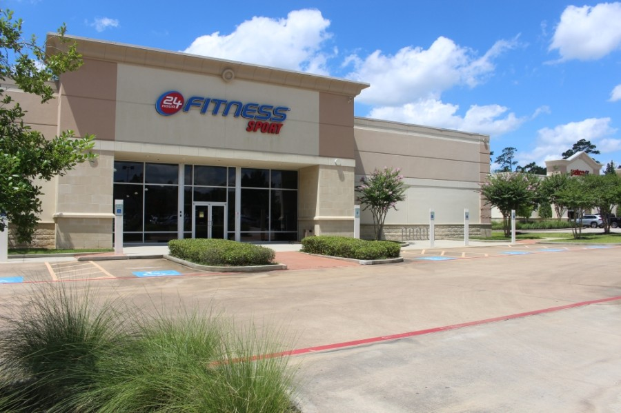 24 Hour Fitness West Woodlands, located at 10860 Kuykendahl Road, The Woodlands, is one of the more than 100 facilities closing amid 24 Hour Fitness filing for bankruptcy. (Kelly Schafler/Community Impact Newspaper)