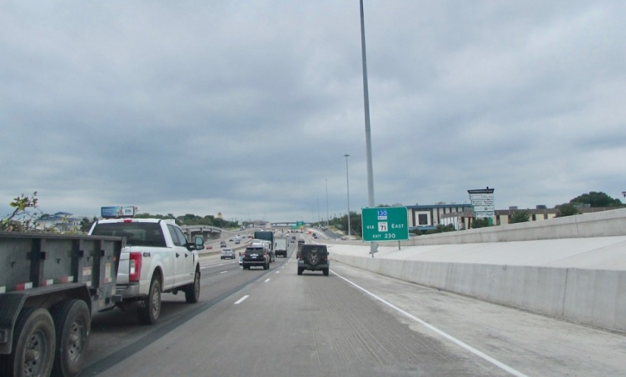 The Texas Department of Transportation projects are scheduled to be finished over the summer. (Nicholas Cicale/Community Impact Newspaper)