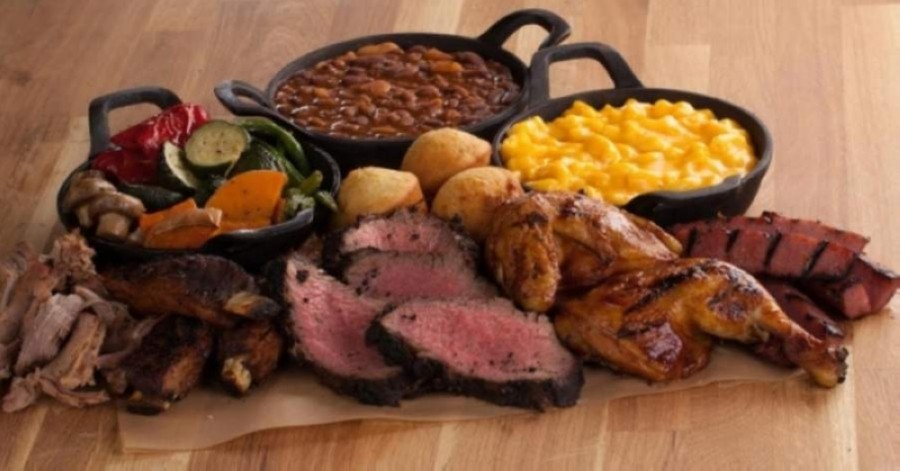The menu features sandwiches, barbecue platters, burgers and salads. (Courtesy Tri Tip Grill)