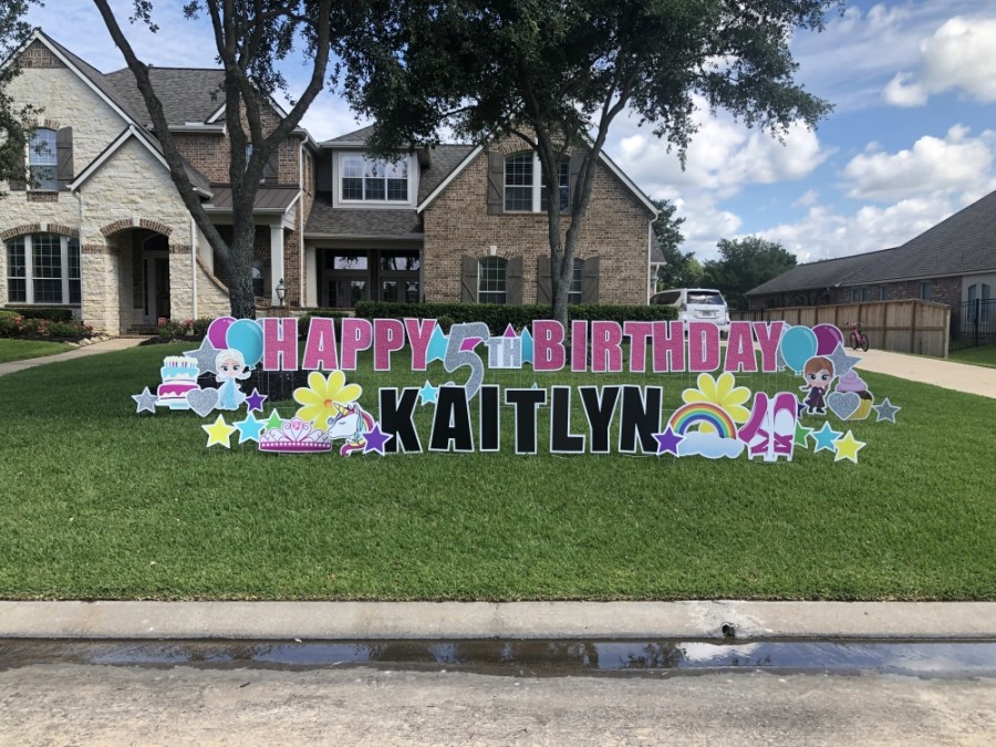 Customers can rent custom sign greetings for 24 hours. (Courtesy Yard Love Cypress)