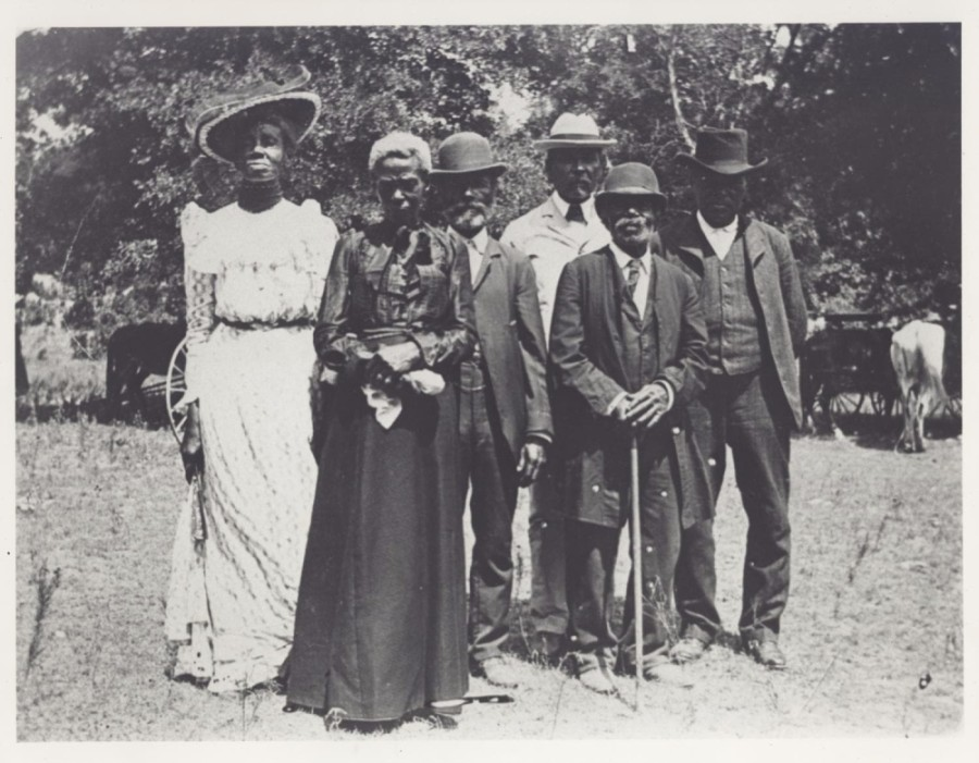 This historic photo shows Texans celebrating Juneteenth on June 19, 1900. (Courtesy Grace Murray, University of North Texas Libraries, The Portal to Texas History, Austin History Center, Austin Public Library via Wikimedia Commons)