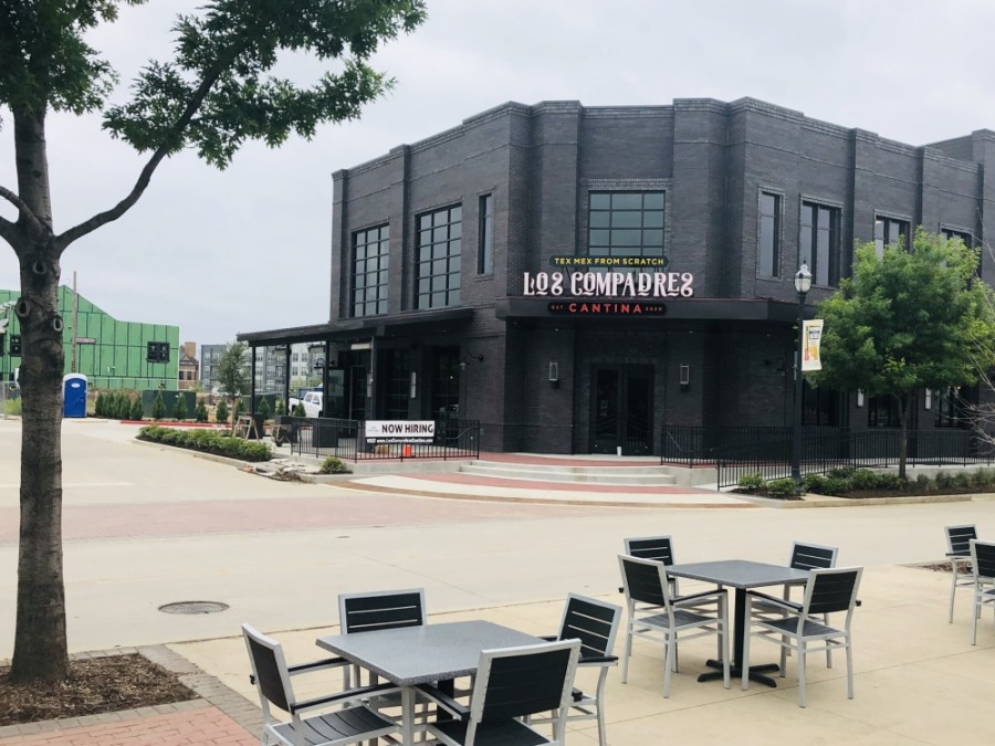 Tex-Mex restaurant Los Compadres Cantina is now open in downtown Roanoke. (Ian Pribanic/Community Impact Newspaper)