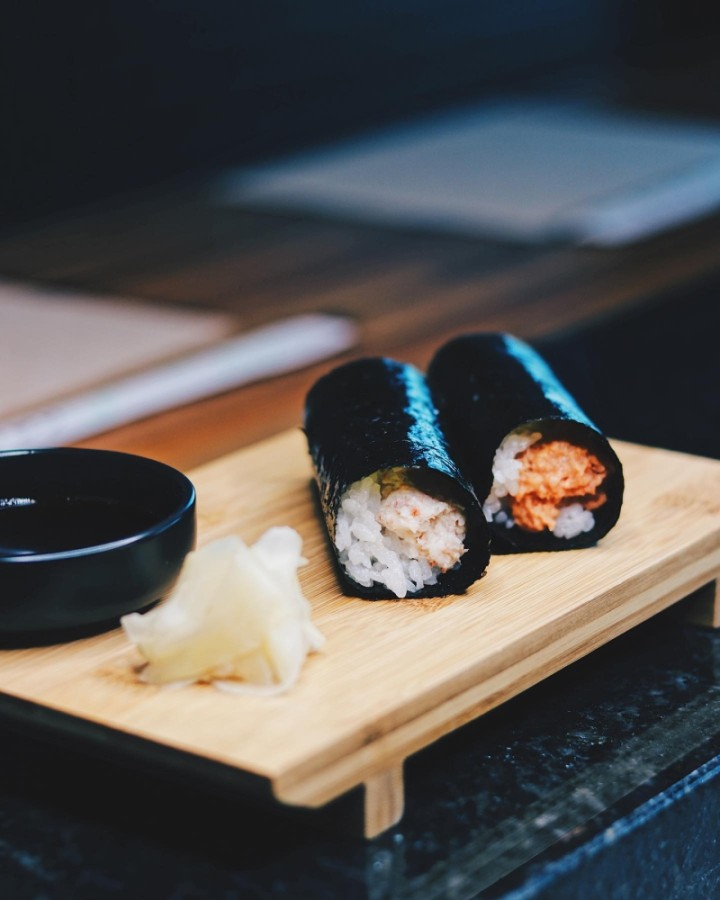 The restaurant offers a variety of sushi and sashimi options. (Courtesy Kyodai Handroll & Sushi Bar)