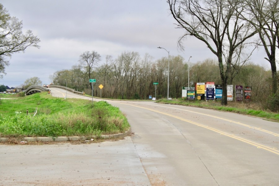 Cane Island Parkway
