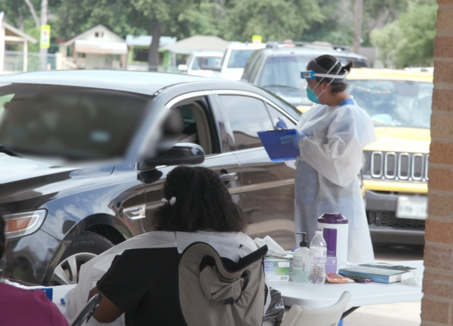 Drive-thru testing will continue in Dallas County following the hiring of a private vendor. (Courtesy CommUnityCare Health Centers)