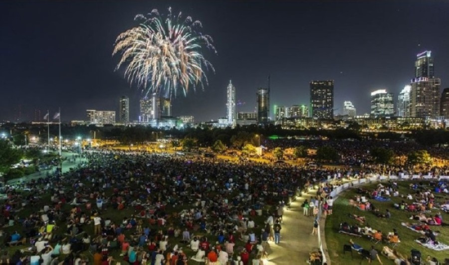 The H-E-B Austin Symphony July 4th Concert & Fireworks will not take place this year due to concerns about the spread of the coronavirus. (Courtesy Ricardo Brazziel)