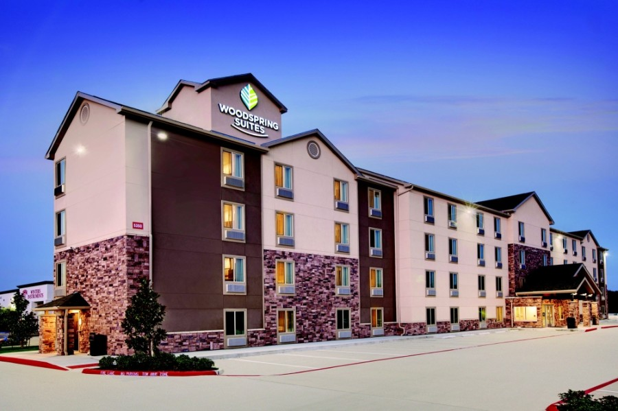 WoodsSpring suites opened its Georgetown location in late June. (Courtesy WoodSpring Suites)