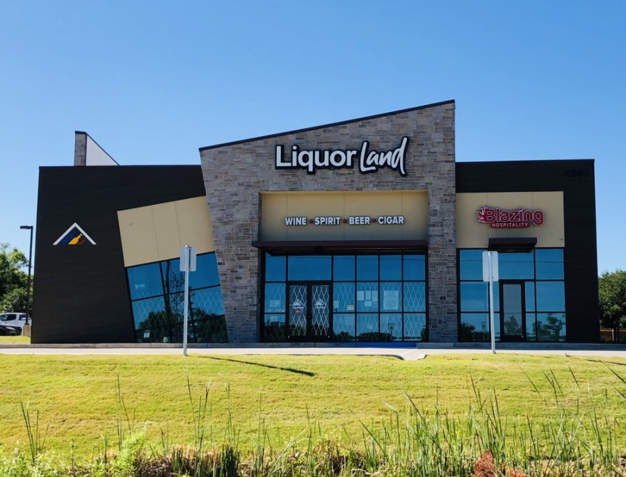 Wine, beer and spirit provider Liquorland celebrated its first anniversary June 6. (Ian Pribanic/Community Impact Newspaper)