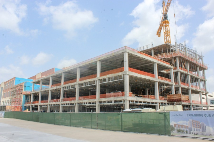 Houston Methodist The Woodlands Hospital continues its expansion project. (Ben Thompson/Community Impact Newspaper)