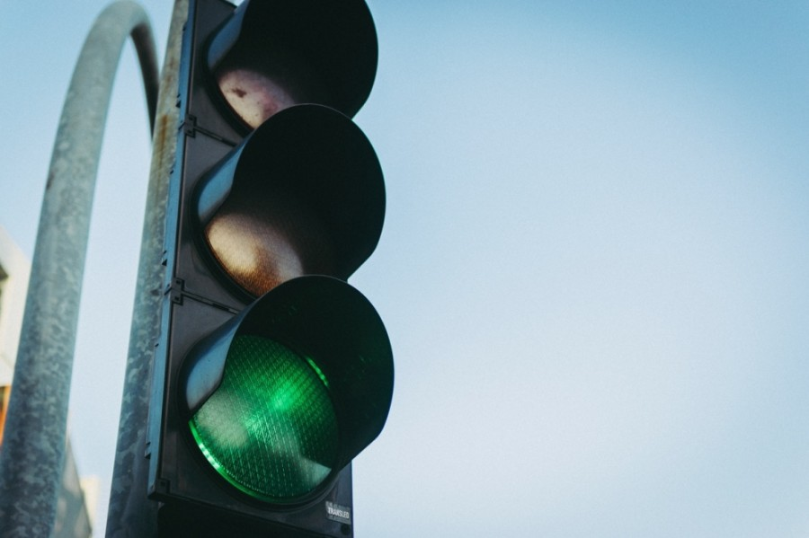 The signal is located and funded by the town of Little Elm, but the city of Frisco will operate and maintain the signal through an interlocal agreement. (Courtesy Pexels)