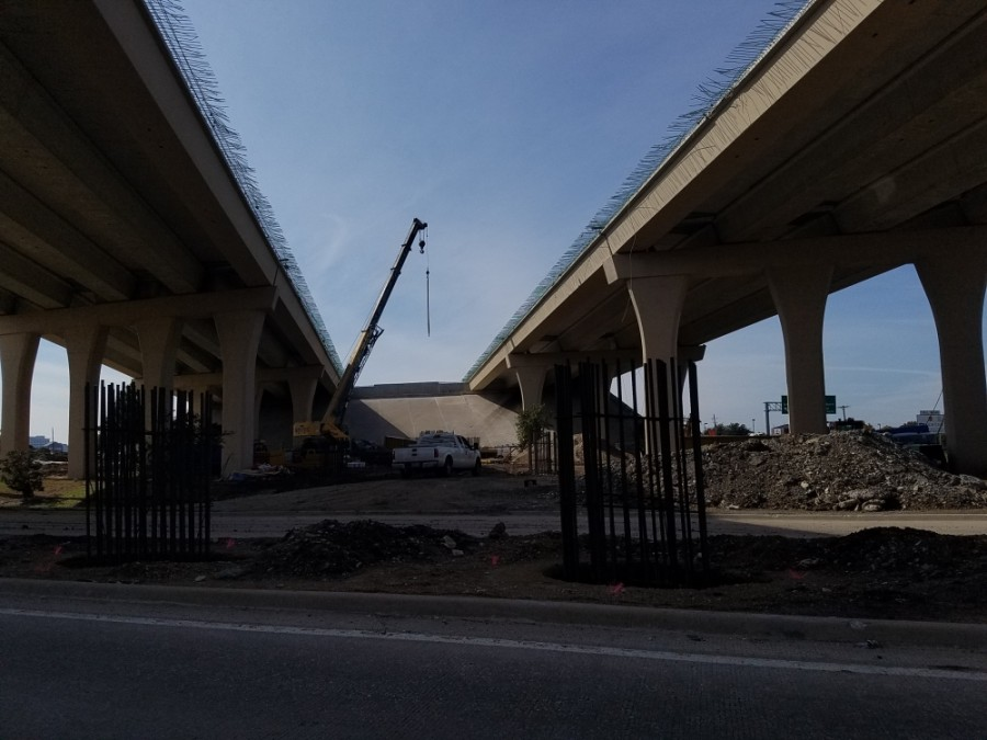 A fourth lane is being added to the stretch of the Sam Rayburn Tollway through McKinney. (Elizabeth Uclés/Community Impact Newspaper)