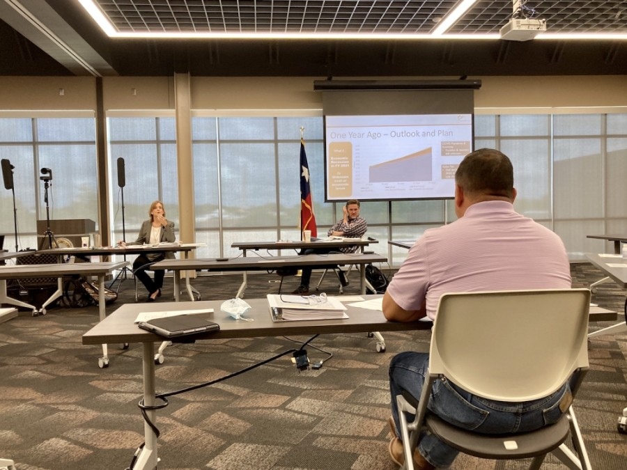 Round Rock City Council met July 21 to discuss a proposed fiscal year 2020-21 budget. (Taylor Jackson Buchanan/Community Impact Newspaper)