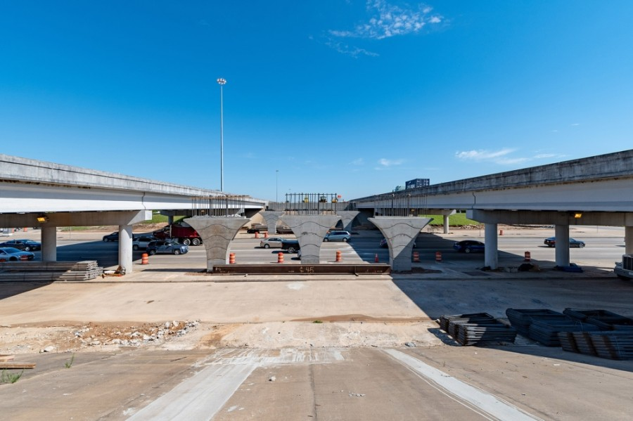 A toll lane expansion project along Hwy. 288 in Harris County was cited as an example of how public-private partnerships can be used to address mobility problems. (Courtesy Brazoria County)