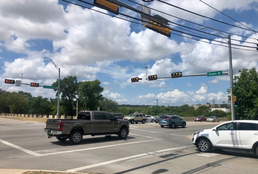 The University Avenue Corridor Project will focus on University Avenue from Southwestern Boulevard to Scenic Drive. (Sally Grace Holtgrieve/Community Impact Newspaper)