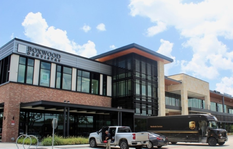 Bellaire Town Center is seeing more new tenants open their doors, including Boxwood Dentistry, Jersey Mike's Subs and more. (Matt Dulin/Community Impact Newspaper)