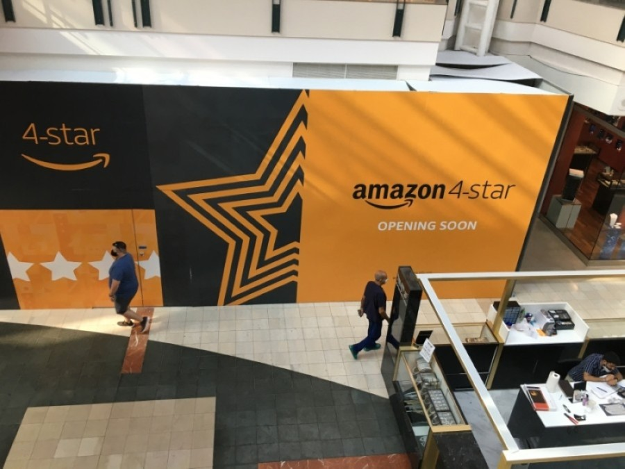 The tech company's retail location will open on the mall's first floor next month. (Kelly Schafler/Community Impact Newspaper)