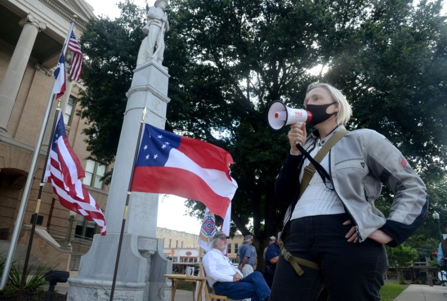 The Williamson County Commissioners Court will review and discuss the possible creation of a committee responsible for researching the potential removal of the Confederate statue that sits in front of the county courthouse, according to its Aug. 11 agenda. (John Cox/XCommunity Impact Newspaper)