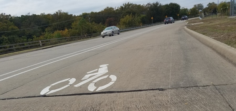 The improvements to Granny White Pike include the addition of bike lanes as well as Americans with Disabilities Act-compliant sidewalks.(Lindsey Juarez Monsivais/Community Impact Newspaper)