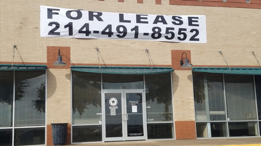 Smile Doctors Braces closed earlier this year at 2417 S. Stemmons Freeway, Ste. 105, Lewisville. (Community Impact staff)