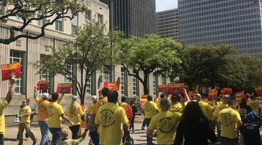 Houston firefighters marched on City Hall in April 2019 to protest the city's legal battle against Proposition B. (Emma Whalen/Community Impact Newspaper)