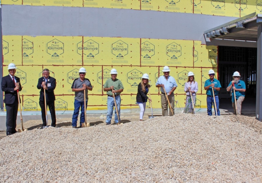 The Producer's Co-op held a ground breaking ceremony at its new facility Aug. 20. (Courtesy Greater New Braunfels Chamber of Commerce)