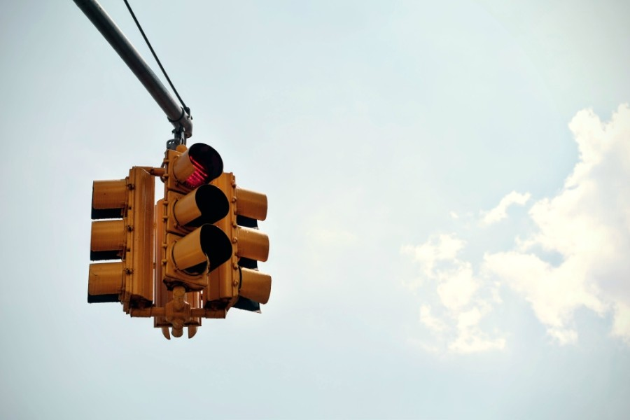 The city of Conroe is planning to add a traffic signal along Bois D'Arc Bend. (Courtesy Pexels)