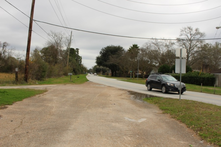Rankin Road will soon be improved between the Union Pacific Corp. railroad and South Houston Avenue with improved drainage and a pedestrian bridge. (Kelly Schafler/Community Impact Newspaper)
