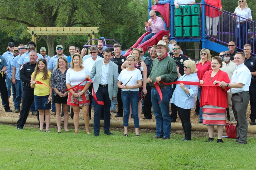 The Tomball community celebrated the opening of Broussard Park with a ribbon-cutting Sept. 25 after more than five years of work. (Anna Lotz/Community Impact Newspaper)