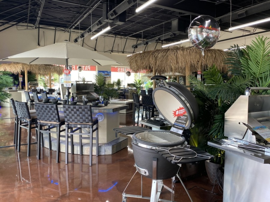 The outdoor kitchen manufacturer offers barbecue grills and fire pits from its outdoor kitchen showroom. (Elizabeth Uclés/Community Impact Newspaper)